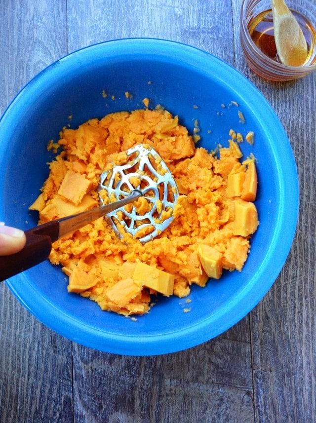Quick Honey Sweet Potatoes. Delicious twist on this classic side dish!