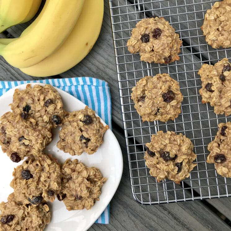 healthy sugar free cookies on a plate with bananas