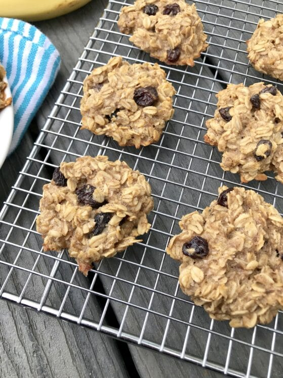 sugar free oat cookies on a cooling rack