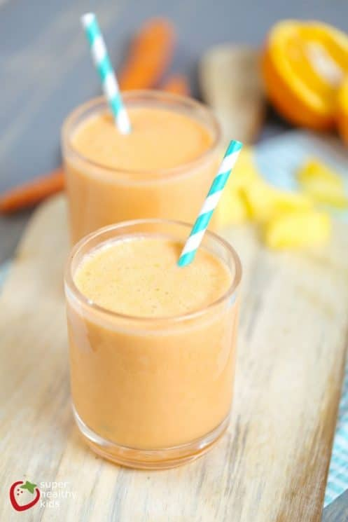 Power Gold Smoothie with carrots, pineapple, orange juice AND protein-packed greek yogurt!