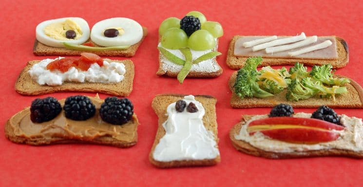 crackers and toppings