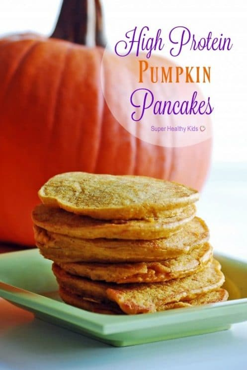 High Protein Pumpkin Pancakes. Get pancakes your kids will love without sacrificing nutrition! https://www.superhealthykids.com/high-protein-pumpkin-pancakes/