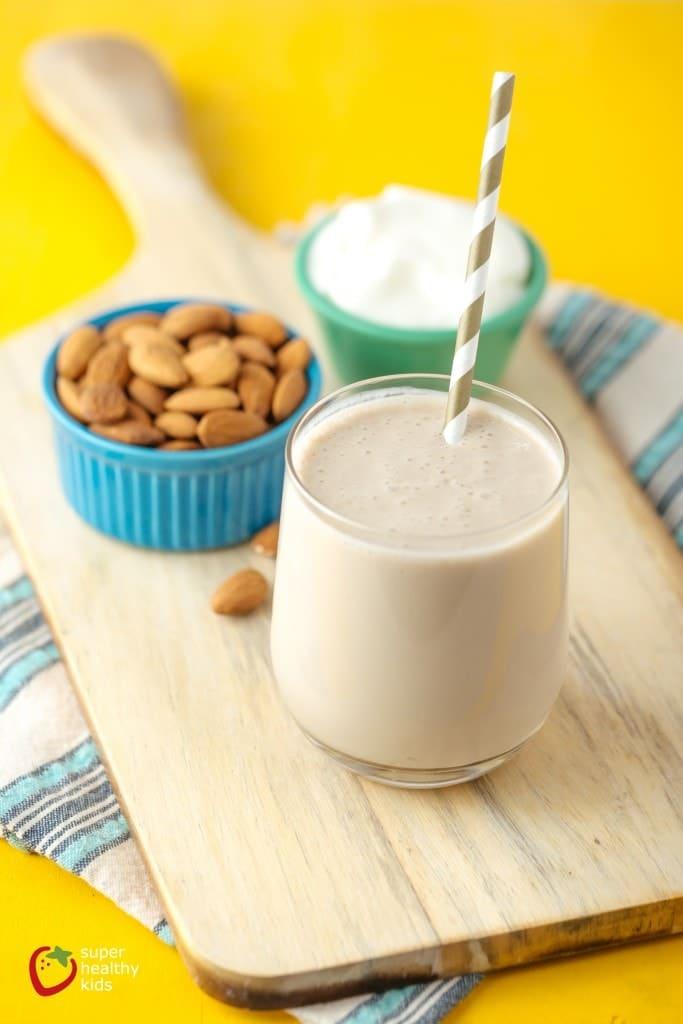 Maple Almond breakfast Smoothie