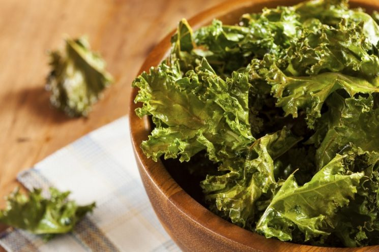 Healthy Kale Chips -- so easy to make and are the perfect alternative to regular chips!