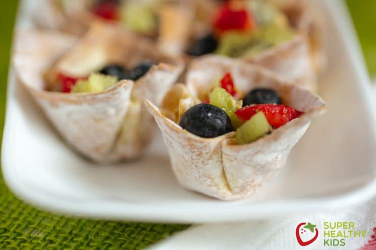 Crunchy Fruit n' Yogurt Parfait Bites. You'll love these crunchy bites, and your heart will too!