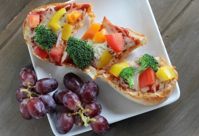 quick and easy dinner idea veggie pizza