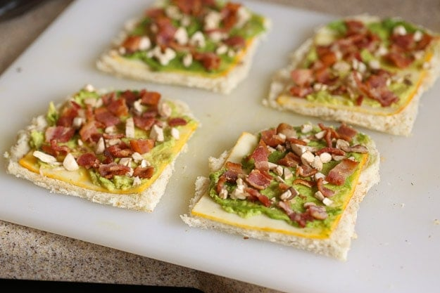 How to make Bacon Avocado Grilled Cheese Dippers