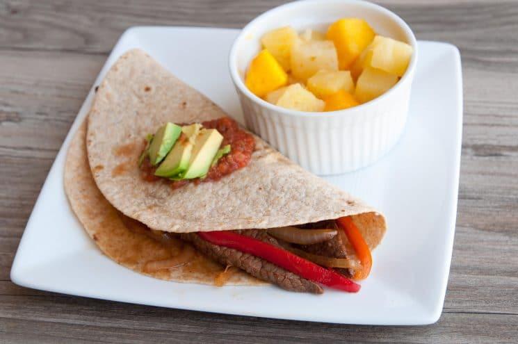 fajitas, 30 Quick and Easy Last Minute Dinner Ideas
