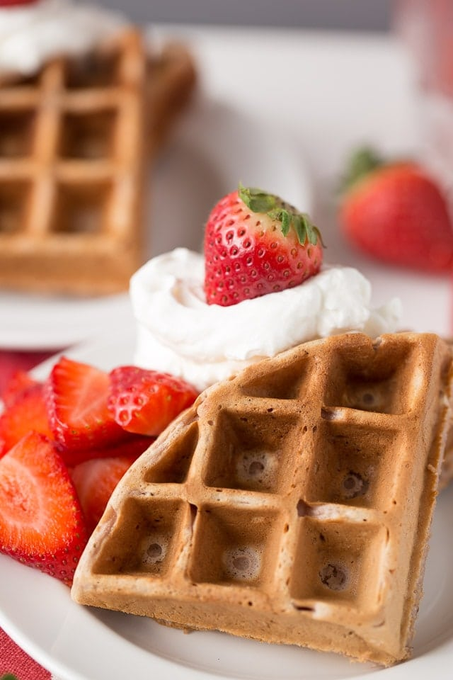 How to make easy Strawberry Waffles, Healthy Strawberry Waffles