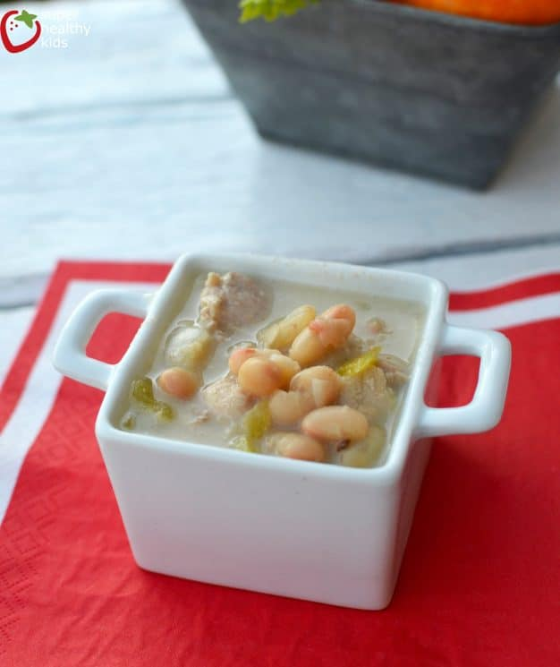 White Bean One Pot Chili Recipe. Healthy soup for kids!