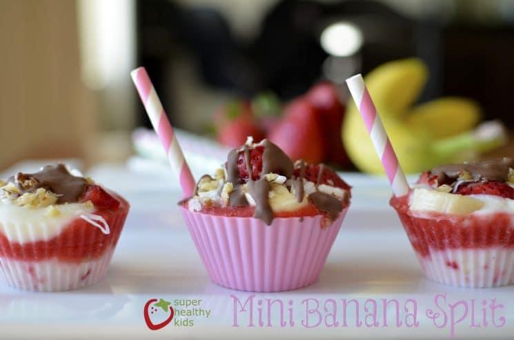 banana split cupcakes FB spread