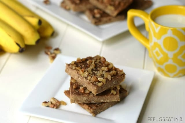 3 Ingredient Peanut Butter Banana Bars Recipe. An easy to make snack bar with peanut butter and banana!