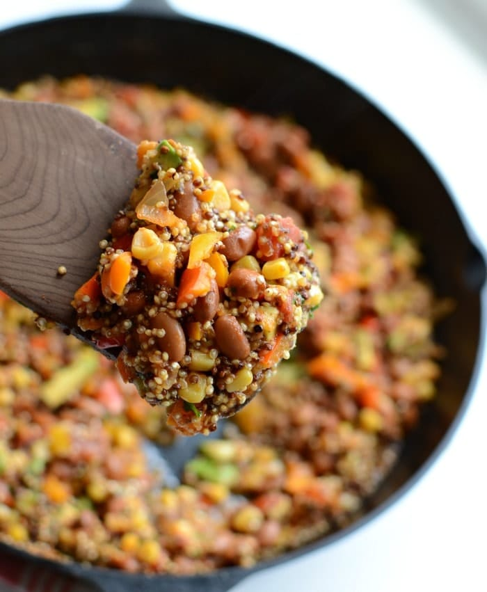 One Pot Taco Casserole Recipe. Why do we love one-pot dinner so much? Less dishes!