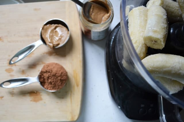 Instant Chocolate Almond Ice Cream. Super creamy, and amazingly good for you! www.superhealthykids.com