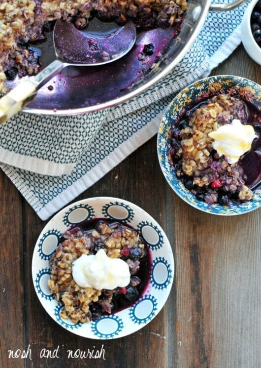 Breakfast Berry Cobbler with Oats + Quinoa. Plus an easy tutorial for making quinoa flour at home!
