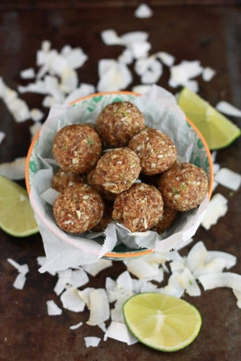 These Coconut Lime Energy Bites are great for nut-free school lunches and after school snacks! www.superhealthykids.com