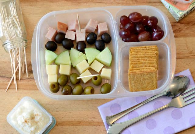 5 Easy Ways to Rock the Lunch Box Without Adding Stress