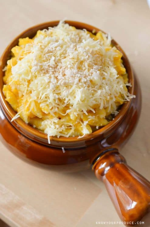 Baked Butternut Squash Macaroni and Cheese! Creamy and delicious macaroni and cheese without butter, milk and tons of cheese!
