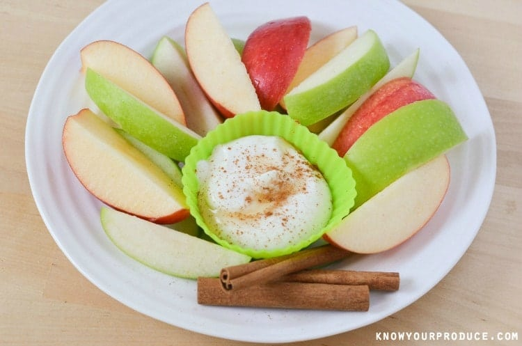 Apples with Maple Cinnamon Greek Yogurt Dip. Make your own dip that goes perfectly with apples! www.superhealthykids.com