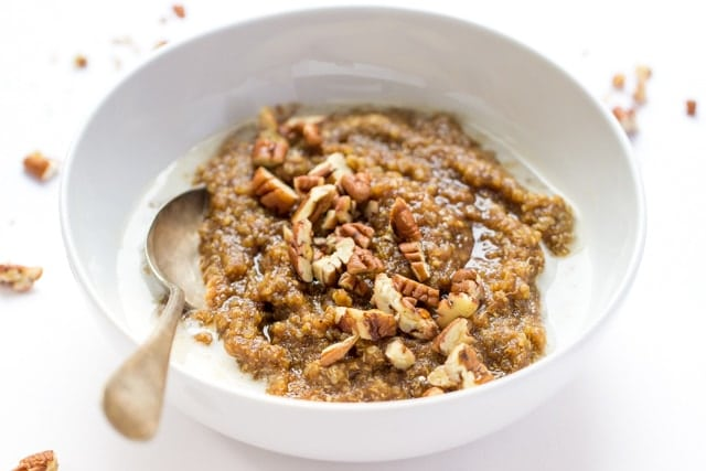 Gingerbread Breakfast Quinoa -- warm, comforting and filled with nutrient-dense whole grains!