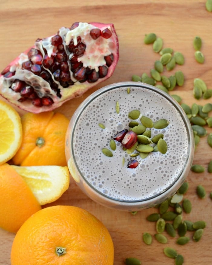 Healthy Pomegranate Orange Smoothie. Citrusy, sweet and amazingly refreshing! www.superhealthykids.com