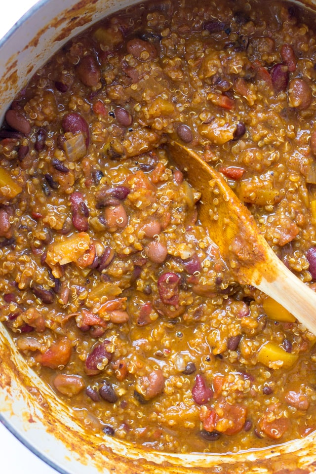 Pumpkin Quinoa Chili - made in just one-pot and in under 45 minutes. No need for the slow cooker on this one!