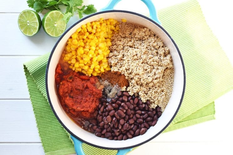 One Pot Mexican Quinoa. Packed with protein and vegetables, it only takes 20 minutes to have this healthy, nutritious, gluten free One Pot Mexican Quinoa on the table!