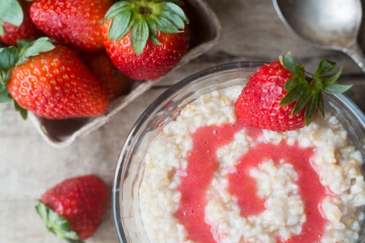 Overnight Strawberry Steel Cut Oats is an easy, healthy breakfast made for busy mornings and hungry families!