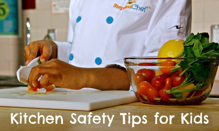 Top 7 Kitchen Safety Tips to Teach Your Kids. www.superhealthykids.com