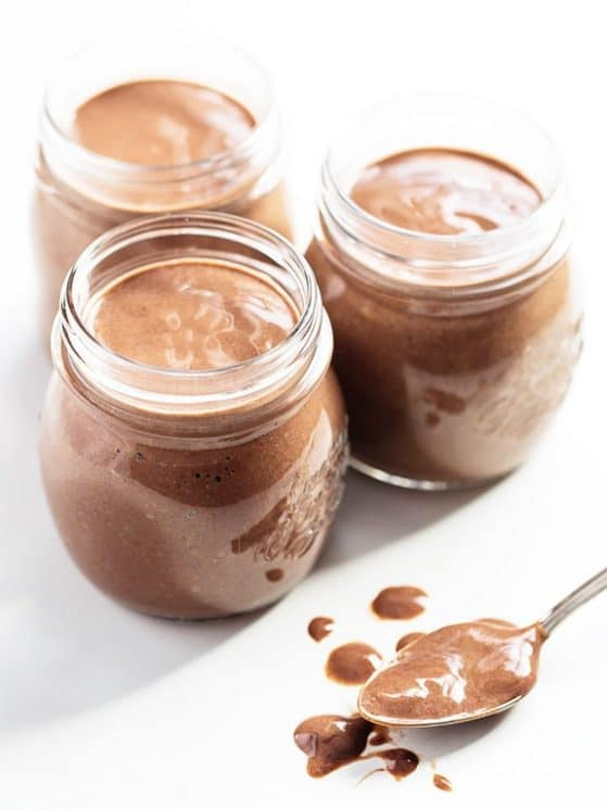No-Cook Overnight Chocolate Chia Seed Pudding! Make ahead and enjoy this high protein, low carb, naturally sweetened snack/breakfast the next morning! It's full of energy, omegas 3's and antioxidants. Kid tested, mom tested, BOTH APPROVED!
