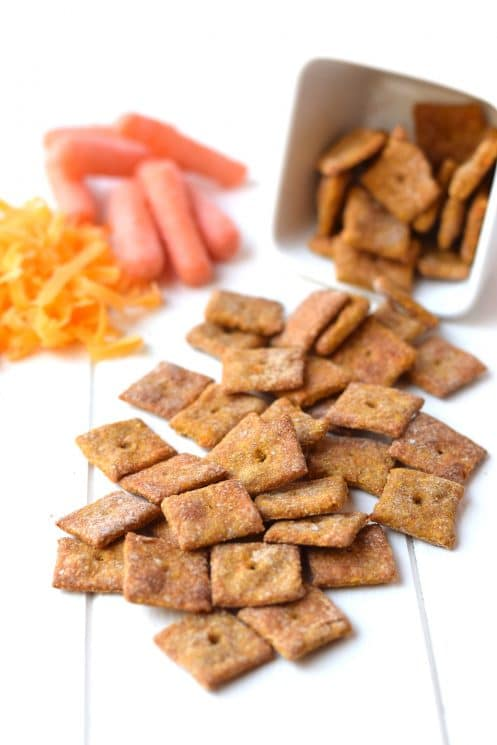 4 Ingredient Cheesy Carrot Crackers. These homemade crackers, made with only 4 real food ingredients, are the perfect healthy snack for kids! www.superhealthykids.com