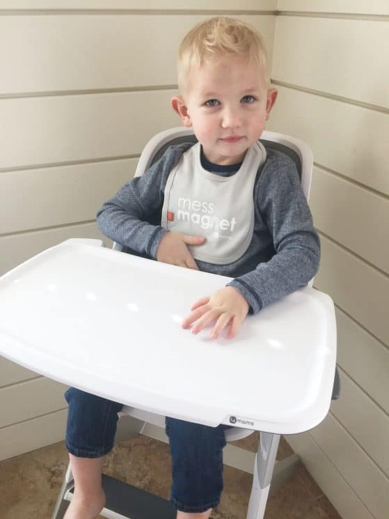 4moms Highchair and Bib