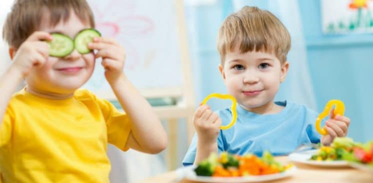 kids eating peppers and other veggies, Getting a Picky Eater to Eat