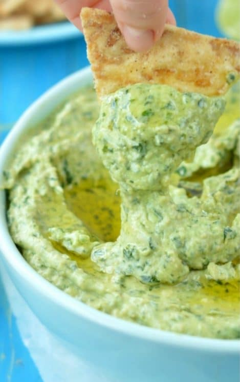 No need of mayo, sour cream or any processed ingredients. After making this Creamy Spinach Dip recipe you'll never make another one! It is dairy free, vegan and simply delicious.