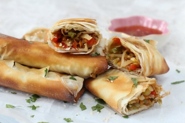 Delicious veggie packed spring rolls, crunchy on the outside and packed with amazing flavor on the inside! www.superhealthykids.com