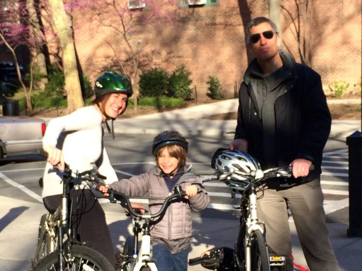 Family Fitness: Strengthening Bodies and Bonds