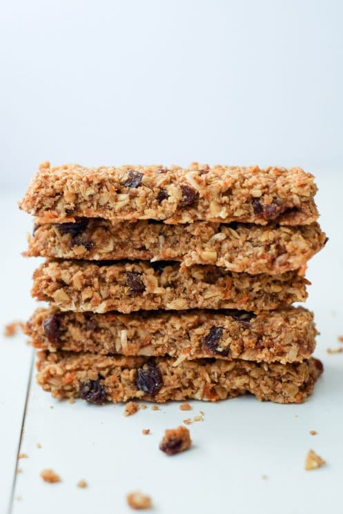 Healthy Carrot Cake Granola Bars | Homemade Granola Bar Recipes To Keep You On The Go