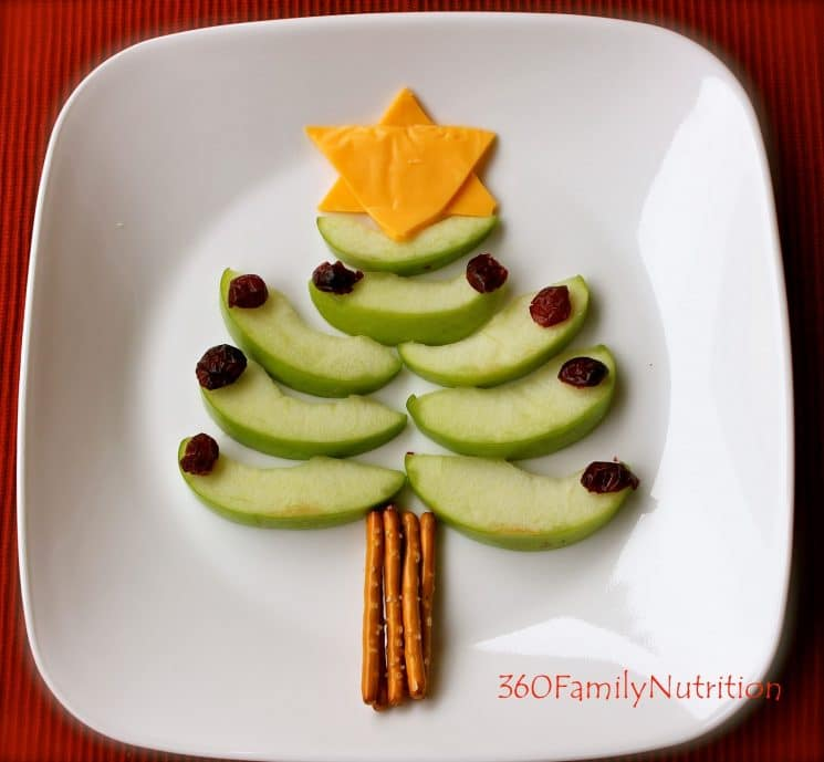 christmas tree made of apple slices with a star made of cheese