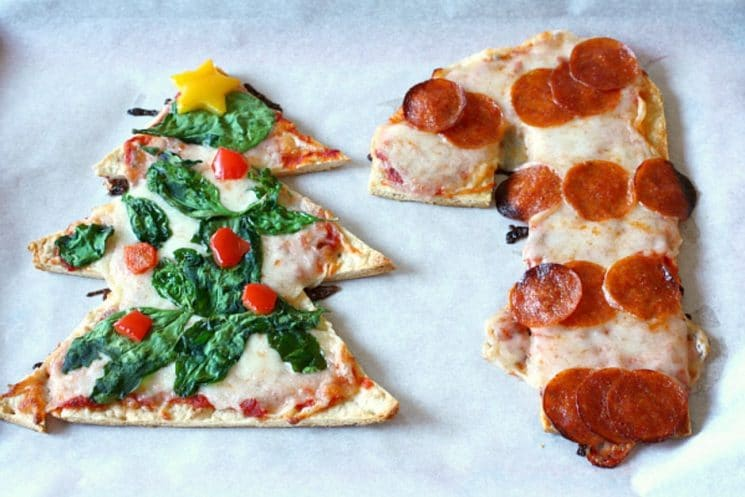 christmas-tree-candy-cane-shaped-pizza-recipes_owg9hb