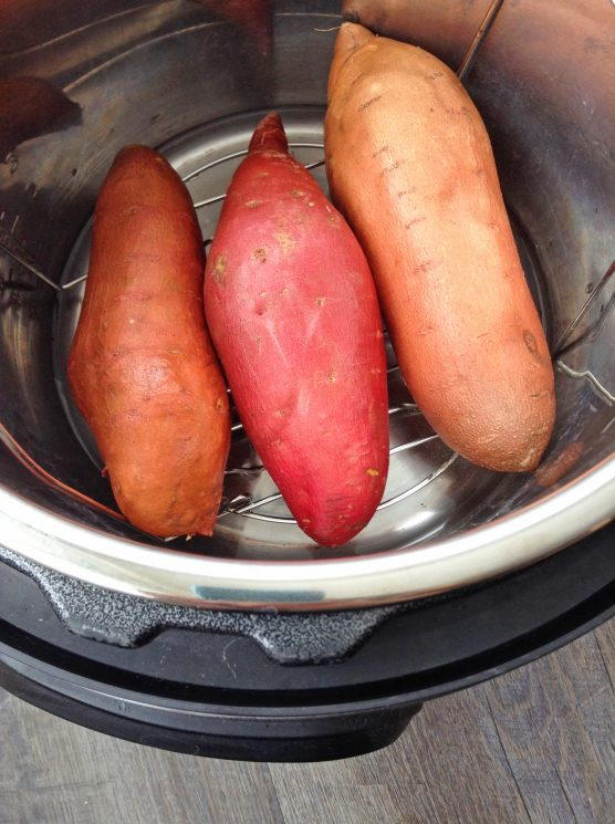 baked sweet potatoes in a instant pot