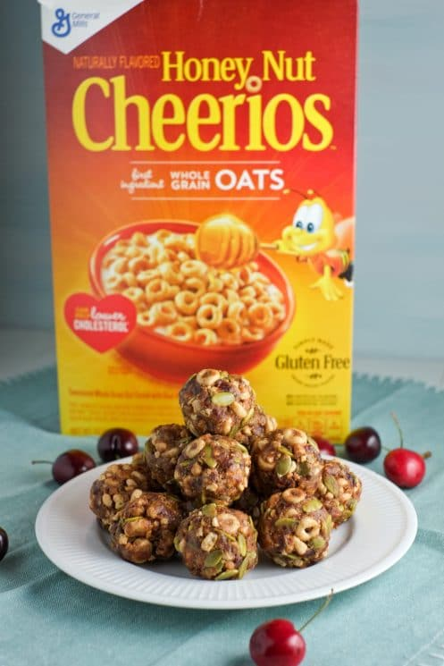 Kids love these energy bites made with Cheerios!