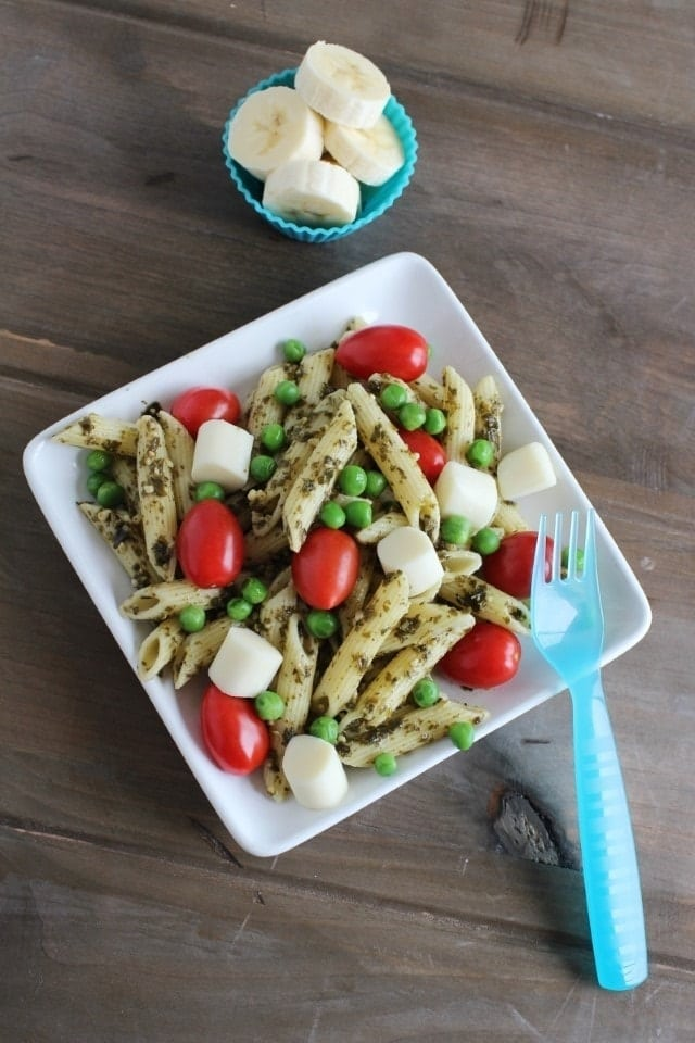 Pesto Pasta Salad with banana side dish