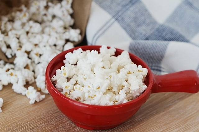 5 tips for perfectly air popped paper bag popcorn
