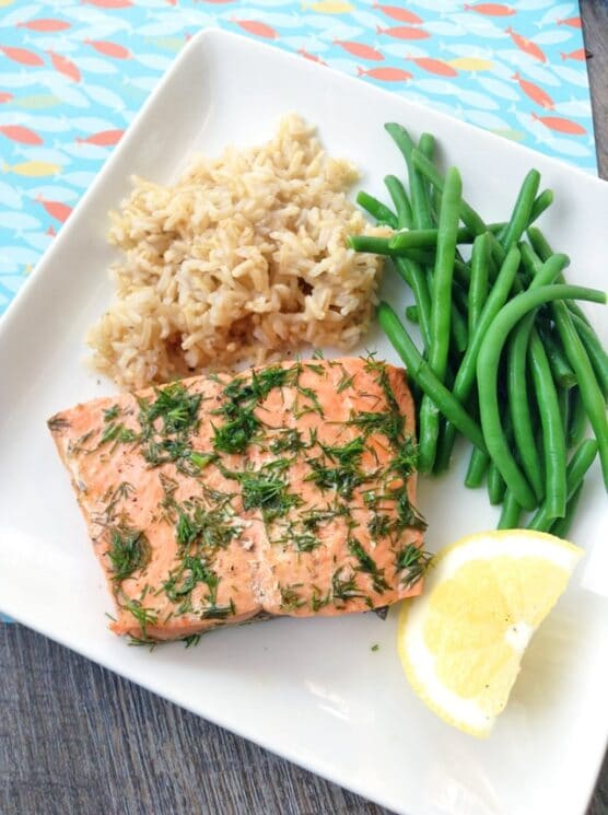 instant pot salmon with brown rice and green beans