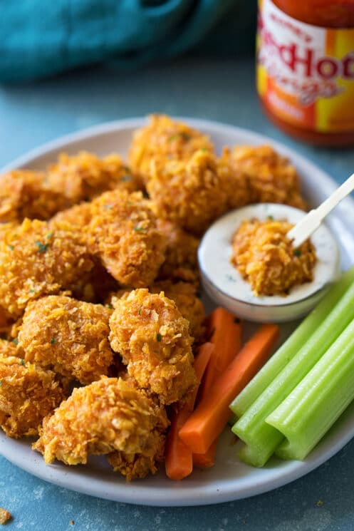 crispy buffalo chicken nuggets with veggies