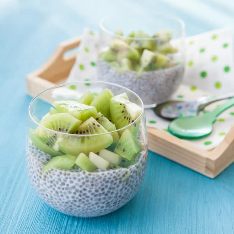 chia pudding with kiwis