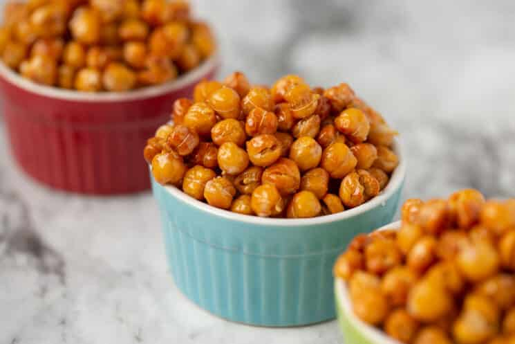 ramekins filled with high protein chickpeas