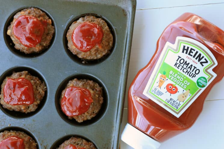 muffin tin meatloaf with heinz ketchup bottle