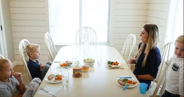 Como estabelecer uma rotina de jantar em família 3