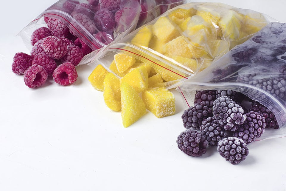 The BEST Frozen Fruit for Smoothies - Super Healthy Kids
